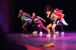 tanssijoita lavalla