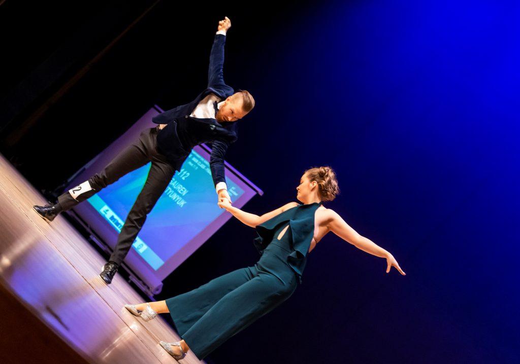 Masi Saurén ja Anna Tyutyunyuk tanssilattialla
