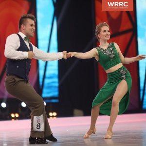 Juho Päivinen ja Mari Munne tanssilattialla