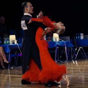 Gleb Bannikov –ja Ada Varstala tanssilattialla